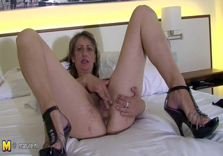 perverted mommy carmen loves playing with her toys