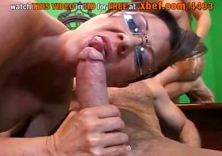 i love watching my mommy getting drilled