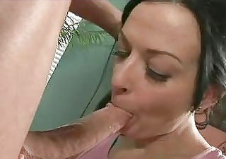 brunette momma acquires her mouth full of beefy
